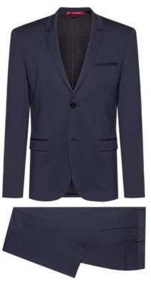 Extra-slim-fit packable suit in crease-resistant fabric